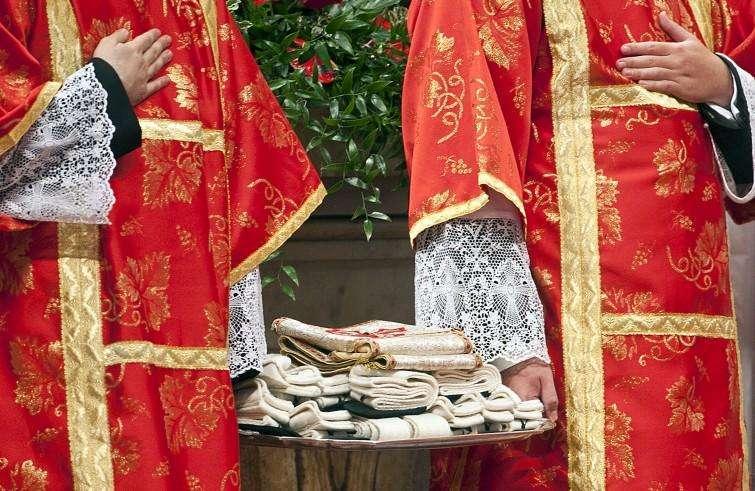 L'arcivescovo Morrone riceverà il pallio da papa Francesco