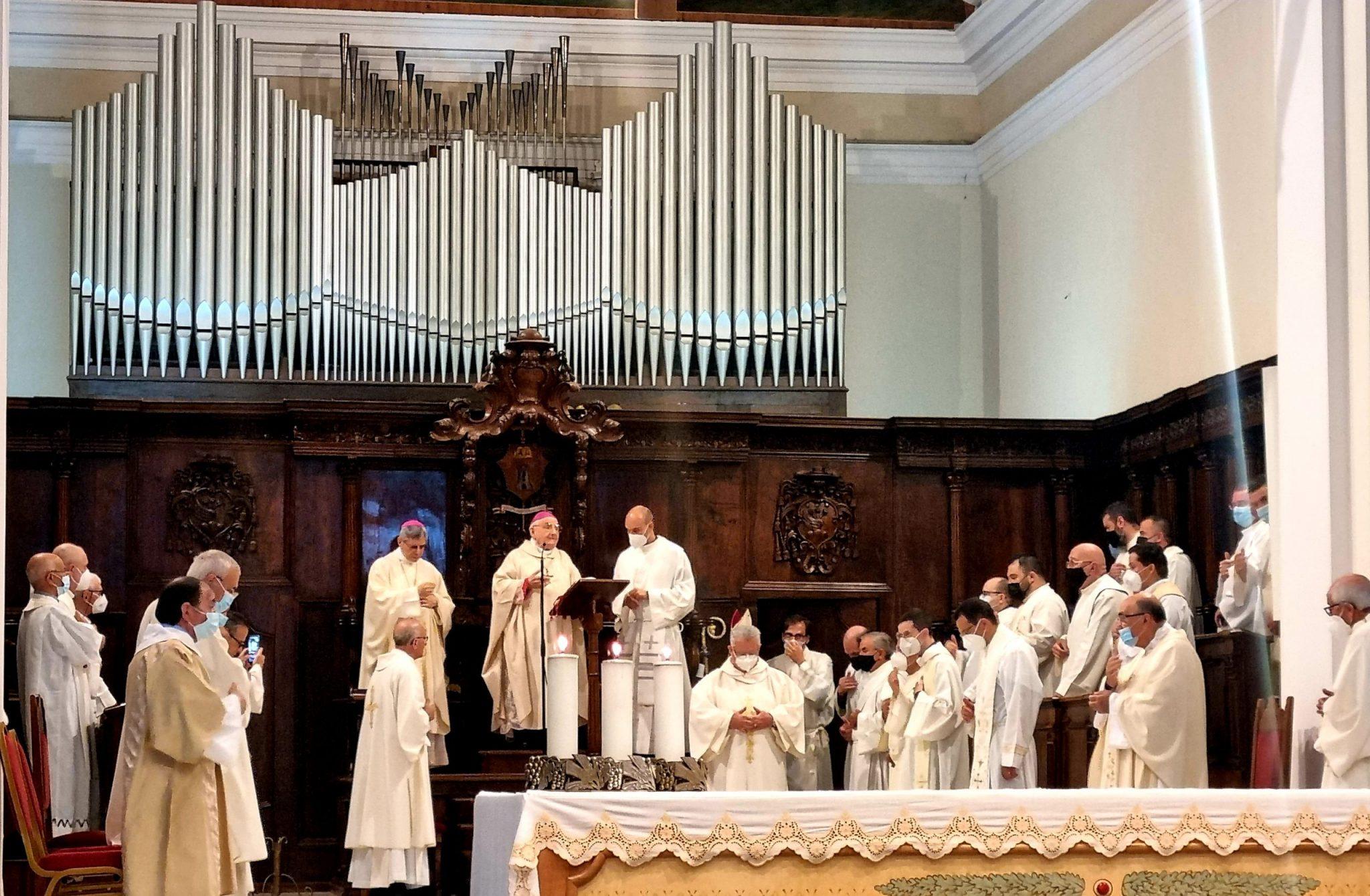 Celebrati i settant'anni di sacerdozio di monsignor Rimedio