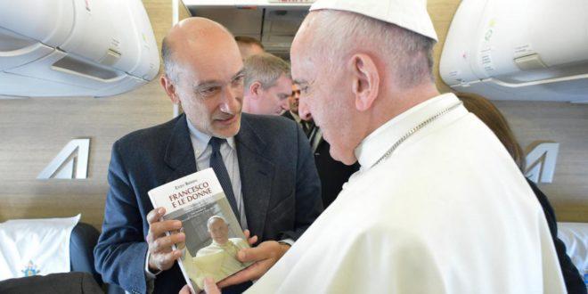 """Il premio """"Nello Vincelli"""" al vaticanista Enzo Romeo"""
