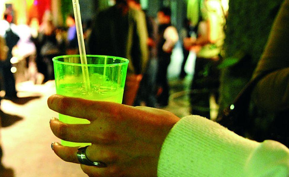 Fioccano multe per la vendita di alcolici agli adolescenti
