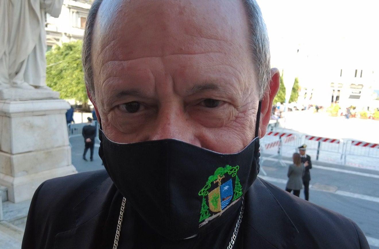 Chiesa e 'ndrangheta, l'intervista a monsignor Oliva
