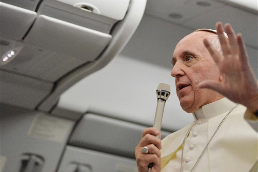 Papa Francesco: «Non ho mai negato la comunione a nessuno»
