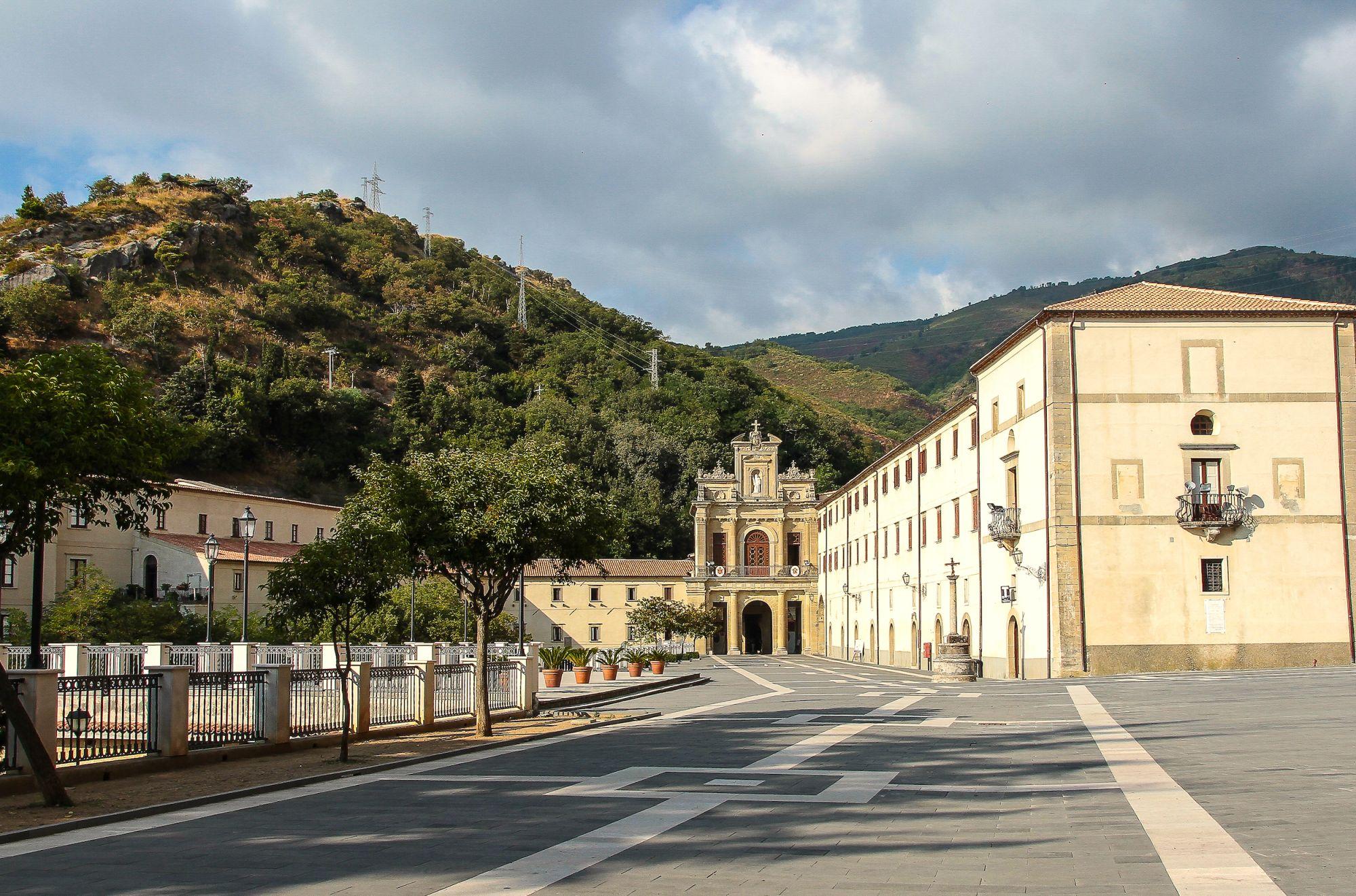 Basilica Paola